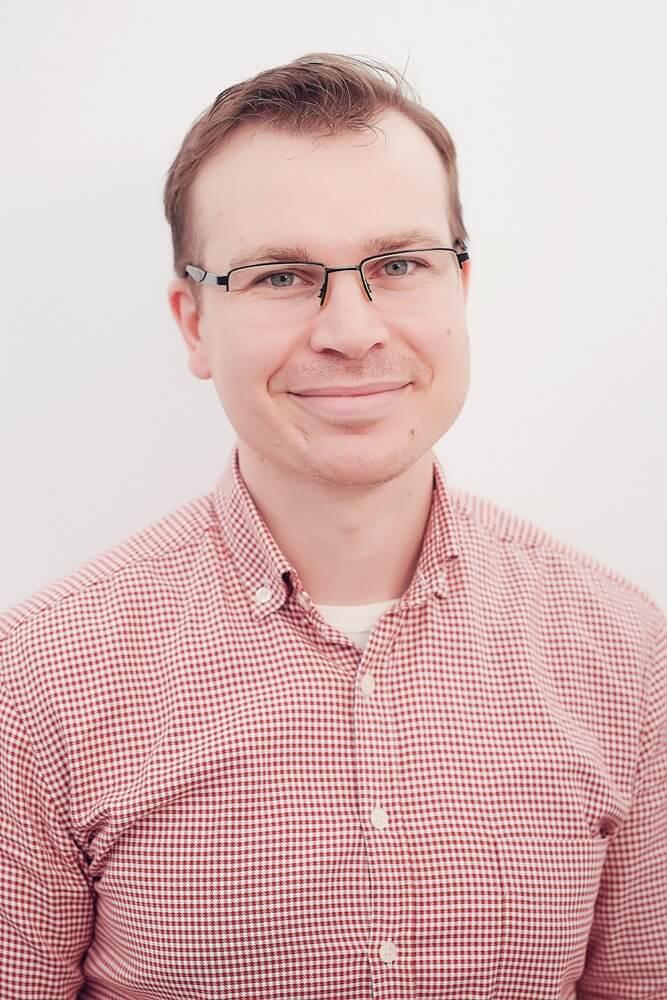 Dr. Adrian Cureniuc